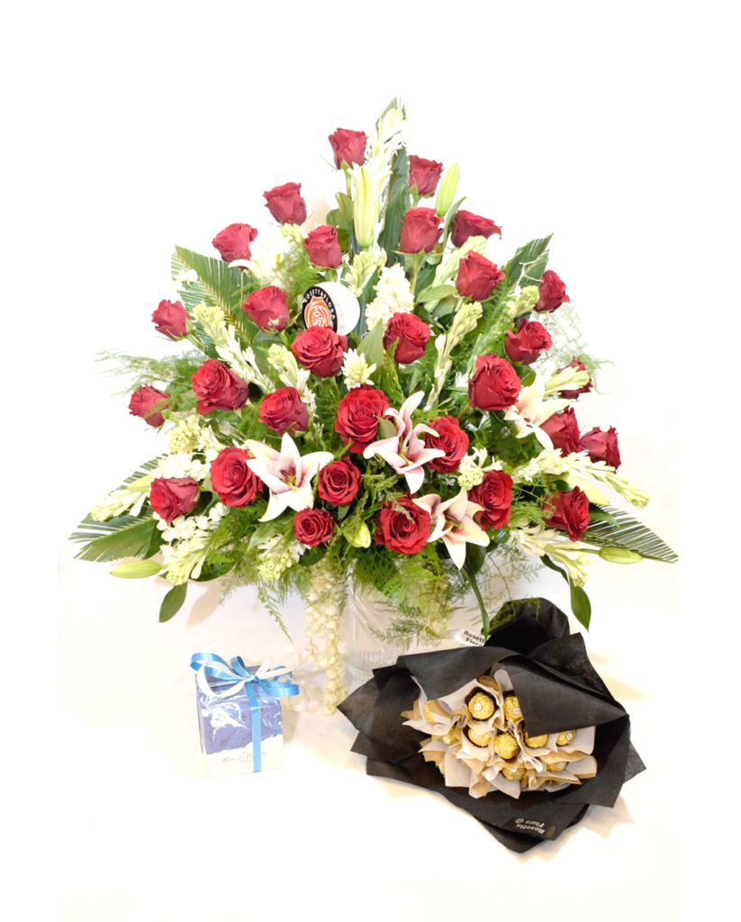 Love and Affection Bouquet | Flower shop in Karachi