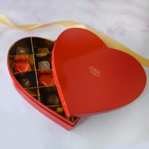 Red Heart Lals Chocolate Box 14 Pieces | Flower shop in Karachi